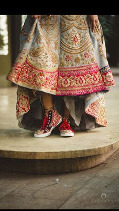 @amu13 looooove the skirt, not the shoes