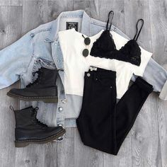 Black Pants Black Boots Black Bralette outfit Source by outfit fall classy Teen Fashion Outfits, Outfits For Teens, Look Fashion, Fall Outfits, Girl Fashion, Fashion Fashion, Fashion Women, Pastel Outfit, Neue Outfits
