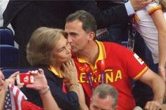 Spanish Royalty, Sports Awards, Estilo Real, Queen Letizia, Diana, Face, Beautiful, Women, Royals
