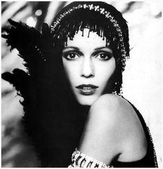 "American actress Mia Farrow in character as Daisy Buchanan from the Movie The Great Gatsby. 1974. // ""Lord Snowdon"" Photo Antony Armstrong Jones"