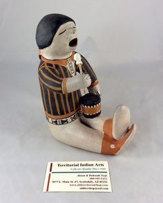 """Helen Cordero was the Cochiti Pueblo Indian artist who gained fame for her pottery """"people"""", starting the Storyteller making craze!"""