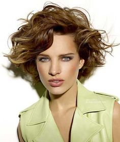 Short Hairstyle for Curly Wavy Hair