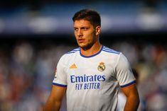 According to Defensa Central, Arsenal are very interested in signing Real Madrid forward Luka Jovic as Mikel Arteta hunts for a new striker. What's the... The post £55m man is 'like Luis Suarez' and 'stronger' than Benzema, amid reports Arsenal are keen appeared first on HITC.
