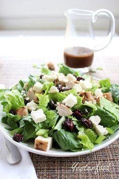 Yesterfood : Smoked Turkey, Cherry, and Feta Salad with Vinaigrette