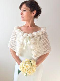 Ideas Winter Wedding Shawl Crochet Pattern For 2019 Crochet Bolero, Knitted Shawls, Crochet Lace, Irish Crochet, Easy Crochet, Crochet Pattern, Winter Wedding Shawl, Wedding Cape, Cream Wedding