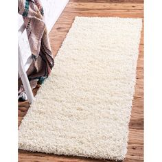 Unique Loom Solid Shag Area Rug - On Sale - Overstock - 21118644 Navy Blue Area Rug, White Area Rug, Beige Area Rugs, Solid Rugs, Clearance Rugs, Bone Color, Natural Area Rugs, Online Home Decor Stores, Shag Rug