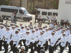 Desfile 7 de Setembro em São Paulo, um agradável evento para participar.  Uma homenagem anual aos que protegem os Cidadãos e o País.