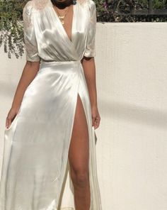Stunning antique ivory 100 % silk wrap dress with side buckle closure and beauti. de soire Stunning antique ivory 100 % silk wrap dress with side buckle closure and beauti. Satin Dresses, Women's Dresses, Dress Outfits, Evening Dresses, Dress Up, Fashion Outfits, Formal Dresses, Gown Dress, Wrap Dress Outfit