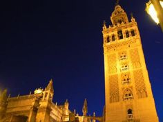 Giralda and Cathedral in Seville - Image: Damian Corrigan