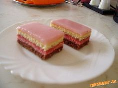 PUNCOVE REZY Baked Goods, Cheesecake, Punk, Baking, Desserts, Sneh, Food, Pastries, Cakes
