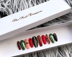 Press on nails ~ Fake nails ~ False nails ~ Gucci press on nails ~ Gucci fake nails ~ Gucci nails ~ Gucci nail art ~ Press on nails coffin