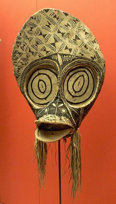 Bark cloth mask from the Baining people, Gazelle Peninsula, New Britain, Papua New Guinea, before 1915. (Ethnological Museum, Berlin)