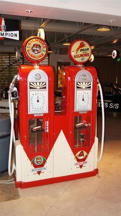 Custom made Gilmore Oil Wayne 60 dual Showcase gas pump. - Barrett ...