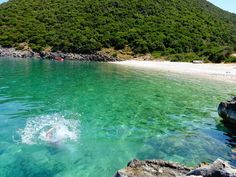 Kaminia is an impressive, pebbled beach, situated at the foot of a green hill, offering a magestic background for your summer dives. Ithaca Greece, Pebble Beach, Greek Islands, Greece Travel, Summer Sun, Photo S, Travelling, Beautiful Places, Scenery