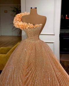 Prom Girl Dresses, Glam Dresses, Prom Outfits, Event Dresses, Pageant Dresses, Fashion Dresses, Dress Prom, Stunning Dresses, Beautiful Gowns