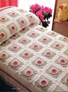 Patrones Crochet, Manualidades y Reciclado: COMO TEJER COLCHA DE CUADROS EN FLOR…
