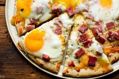 There's no tastier fusion than breakfast and pizza. This Ham, Egg, and Cheese Breakfast pizza takes breakfast for dinner to a whole new level! Low Carb Breakfast Easy, Breakfast Pizza, Breakfast For Dinner, Best Breakfast, Breakfast Recipes, Breakfast Ideas, Breakfast Casserole, Second Breakfast, Breakfast Sandwiches