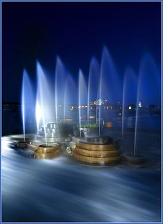 Tulsa River Fountain- by John's Images, via Flickr