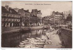 L'Erdre à Nantes, quai des Tanneurs; au premier plan, les toues des blanchisseuses de Barbin