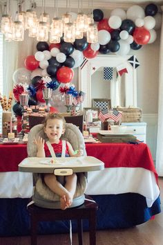 Check out all the patriotic details from this Red, White & TWO themed birthday celebration by Sweetwood Creative Co. Halloween Crafts For Kids To Make, Fourth Of July Crafts For Kids, Fourth Of July Decor, 4th Of July Party, Patriotic Party, Patriotic Crafts, July 4th, Blue Birthday Parties, 2nd Birthday Party Themes