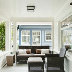 Craftsman Partially Enclosed Front Porch Design Ideas, Pictures, Remodel and Decor