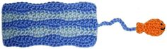 Swimming fish bookmark free crochet pattern