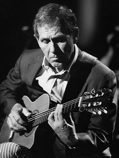 Chet Atkins - His guitar strokes were absolutely magical! Incredible talent!