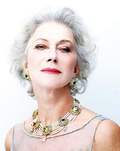 10 Fabulous Makeup Tips for Women over 50 Hair, Makeup, Glasses eye makeup ideas for older ladies - Makeup Ideas Helen Mirren, Makeup Tips, Eye Makeup, Hair Makeup, Makeup Ideas, Beauty Tips, Beauty Hacks, Hair Beauty, Makeup For Older Women