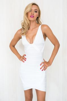 FALL FOR ME BANDAGE DRESS IN WHITE