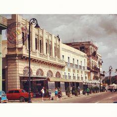 Avenida del Puerto.