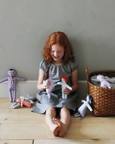Gingham dolls - good project for a little girl because they are so simple: instructions and pattern