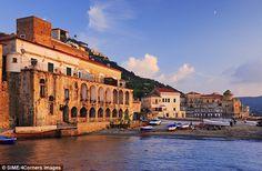 Santa Maria di Castellabate, Cilento, Italy...good article on Cilento