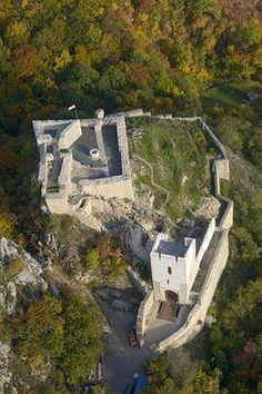 Az legszebb vár Magyarországon, amit legalább egyszer élőben is látnod kell Budapest Hungary, Abandoned Houses, Holiday Destinations, Holiday Travel, Homeland, Art And Architecture, Beautiful Places, Amazing Places, The Good Place