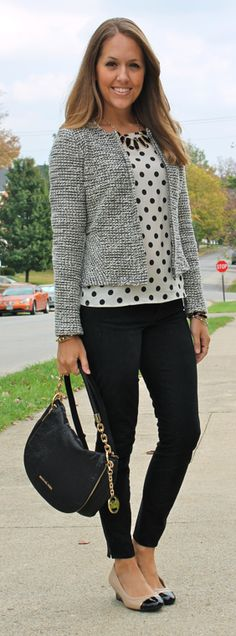 Polka dot top, black skinny jeans, gray jacket