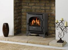 Stovax Stockton 5 possibility for front room? Smaller version of family room stove. Wood Stove Hearth Pads, Wood Burning Fireplace Inserts, Long Room, Living Room Decor Colors, Gas Logs, Stove Fireplace, Log Burner, Buying A New Home, Gas Stove