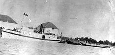 TimeLinks: Tug at Norway House, 1910 Lake Winnipeg, Norway House, Canada, Travel, Landscape, Voyage, Viajes, Traveling, Trips