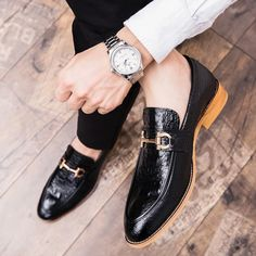 Brogues, Loafers Men, African Men Fashion, Mens Fashion, Stylish Mens Outfits, Leather Dress Shoes, Luxury Shoes, Wedding Men, Leather Slip Ons
