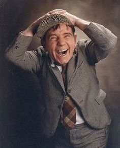 only comedian who made me laugh. Norman Wisdom, British Comedy, Comedy Films, Man Humor, Comedians, Movie Stars, I Laughed, Cute Pictures, Tv Shows