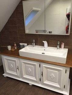 badm bel landhaus crimson waschtisch antik produkte und vintage. Black Bedroom Furniture Sets. Home Design Ideas