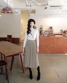 Source By Sloansawyer Spring Outfits Korea quelle von sloansawyer spring outfits korea source by sloansawyer spring outfits corée Korean Girl Fashion, Ulzzang Fashion, Korean Street Fashion, Asian Fashion, Korean Spring Fashion, Ulzzang Style, Women's Fashion, Fashion Design, Fashion Tips