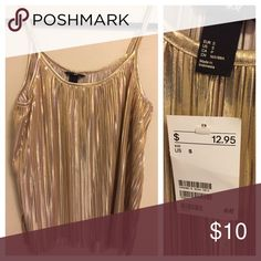 H&M Gold Pleated Top Gold Pleated Top with spaghetti straps. Price is firm. H&M Tops