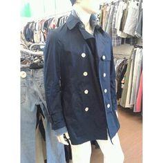 TRENCH DA UOMO H&M BLU LUNGHINO CON BOTTONI BIANCHI   http://www.cesena.mercatinousato.com/abbigliamento-e-accessori/trench-u-hm-blu-48/646072