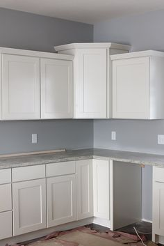 Merillat Classic Whitebay Ii Cabinet Door In White