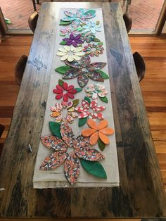 Blossoms Table Runner Paper Pattern – Free Bird Quilting Designs What is Makeup ? Table Runner Size, Table Runner Pattern, Quilted Table Runners, Quilting Tutorials, Quilting Designs, Quilt Pattern, Pattern Paper, Paper Patterns, Sewing Table