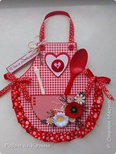 Outstanding 50 sewing hacks projects are readily available on our internet site. Take a look and you won Outstanding 50 sewing hacks projects are readily available on our internet site. Take a look and you wont be sorry you did. Sewing Hacks, Sewing Tutorials, Sewing Crafts, Sewing Patterns, Sewing Tips, Sewing Ideas, Cute Aprons, Sewing Aprons, Kids Apron