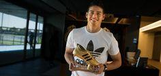 Хамес Родригес получил «Золотую бутсу» ЧМ-2014 - Футбол - Sports.ru