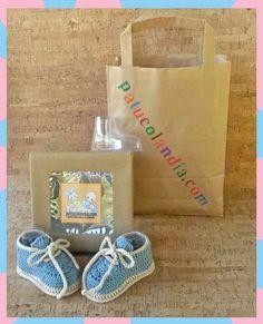 patuco de bebe de ganchillo estilo bota Paper Shopping Bag, Straw Bag, Burlap, Reusable Tote Bags, Ideas, Shoes, Baby Boots, Handmade Baby, Crochet Baby