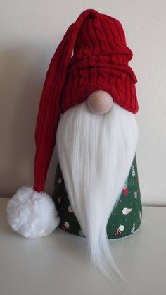 Best 12 Gnomes, Tomte, Nisse or Tonttu. In Scandinavian countries, these little creatures guard your home. In Swedish, their name comes from the old word tomt which means plot – the plot of land where your home is. A well kept home is said to have its own Scandinavian Gnomes, Scandinavian Christmas, Rustic Christmas, Christmas Diy, Christmas Decorations, Christmas Ornaments, Christmas Christmas, Pinterest Christmas Crafts, Christmas Projects