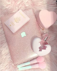 Pink Love, Cute Pink, Pretty In Pink, Baby Pink Aesthetic, Princess Aesthetic, Mode Poster, Pink Wallpaper Iphone, Everything Pink, Photo Wall Collage