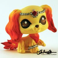 Meet Nuria the Fire Guardian- a design imagined by an awesome customer that I brought to life! Nuria the Fire Guardian custom LPS Lps Littlest Pet Shop, Little Pet Shop Toys, Little Pets, Lps Dog, Lps Pets, Pokemon, Lps Customs For Sale, Lps Drawings, Custom Lps